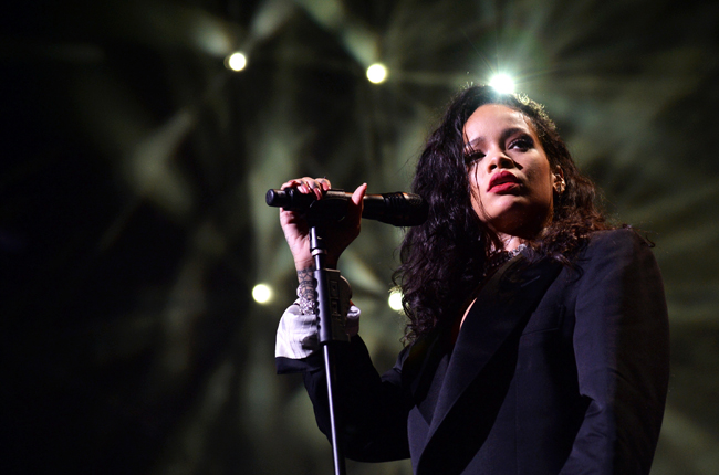 Work – Rihanna ft. Drake